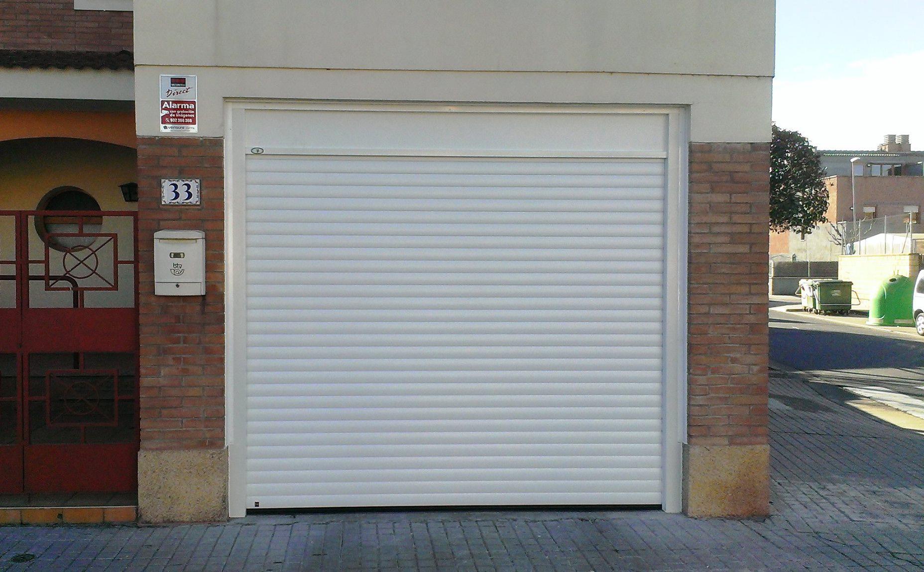 Puertas mcm puerta enrollable rollmatic for Nombres de garajes
